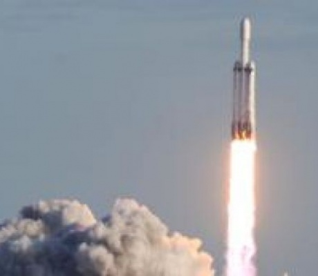 A small space startup that's never launched a rocket keeps landing big contracts