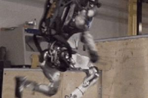 Watch Boston Dynamics' Atlas robot do parkour and try not to squirm