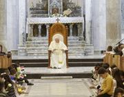 Where IS ruled, pope calls on Christians to forgive, rebuild
