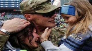 Veterans, not NFL, to be focus for many fans this Sunday