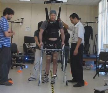 Watch How New Technology Helps a Paraplegic Man Walk Again